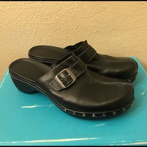 Ecco Black Leather Metal Studded Clog Mules
